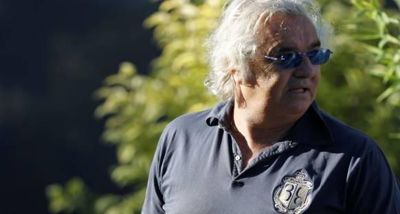 Briatore: F1 mühendislerin değil pilotların olmalı