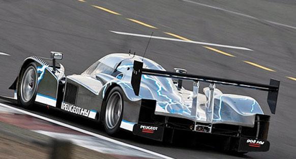 Audi'nin hızı Peugeot'yu şaşırttı