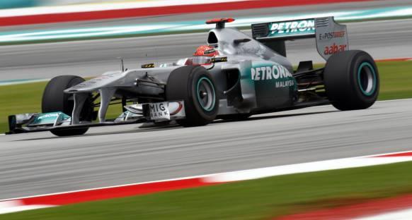 Mercedes Türkiye'de de hızlı olacak