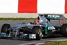 Güncellenen Mercedes W02 piste çıktı