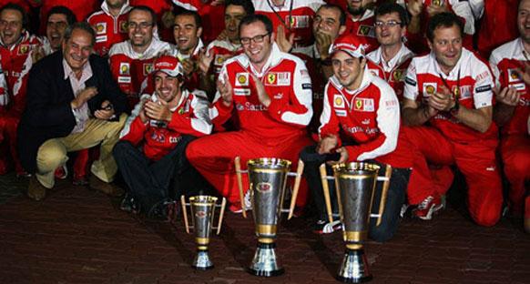 Ferrari'nin hedefi iki klasmanda da şampiyonluk