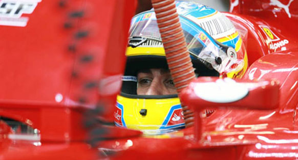 Alonso, Red Bull'a baskı kurmak istiyor