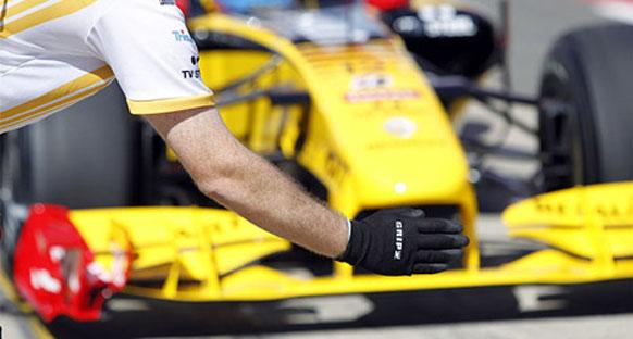 Renault: 'Rakiplerin gerisindeyiz'