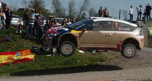 Loeb lider, Raikkonen kaza yaptı