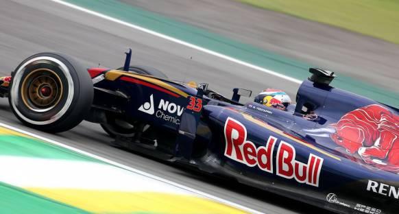 Verstappen: 'Hamilton'un mücadelesiyle benim geçişlerimi kıyaslamak doğru değil'
