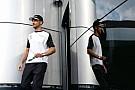 Button McLaren'in 2016 kararını hızlı vermesini istiyor