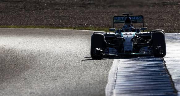 Mercedes, Barselona programını açıkladı