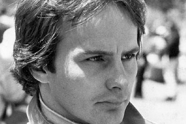 Morte de Villeneuve faz 34 anos; veja imagens da carreira