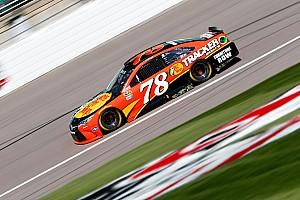 NASCAR Cup Reporte de prácticas Toyota manda en la práctica final en Kansas