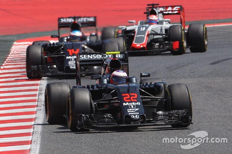 Honda seguirá sin actualizar el motor de McLaren por ahora