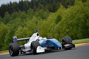فورمولا  V8 3.5 تقرير السباق فورمولا 3.5: أورودزيف يفوز بالسباق الأول في سبا-فرانكورشان متفوقاً على ديلمان