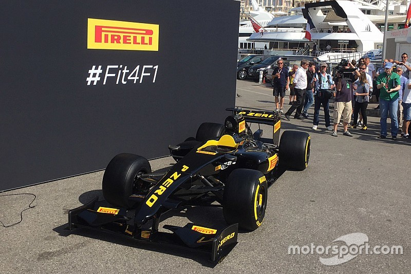 ピレリ、2017年サイズのタイヤとF1ショーカーを公開