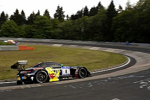 Endurance Ultime notizie 24 Ore del Nurburgring: a metà gara è poker Mercedes