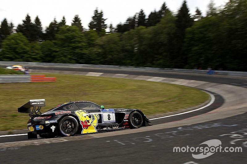 24 Ore del Nurburgring: a metà gara è poker Mercedes