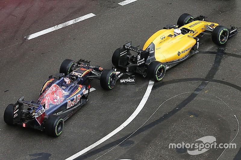 """Магнуссен назвал """"безрассудным"""" маневр Квята в Монако"""