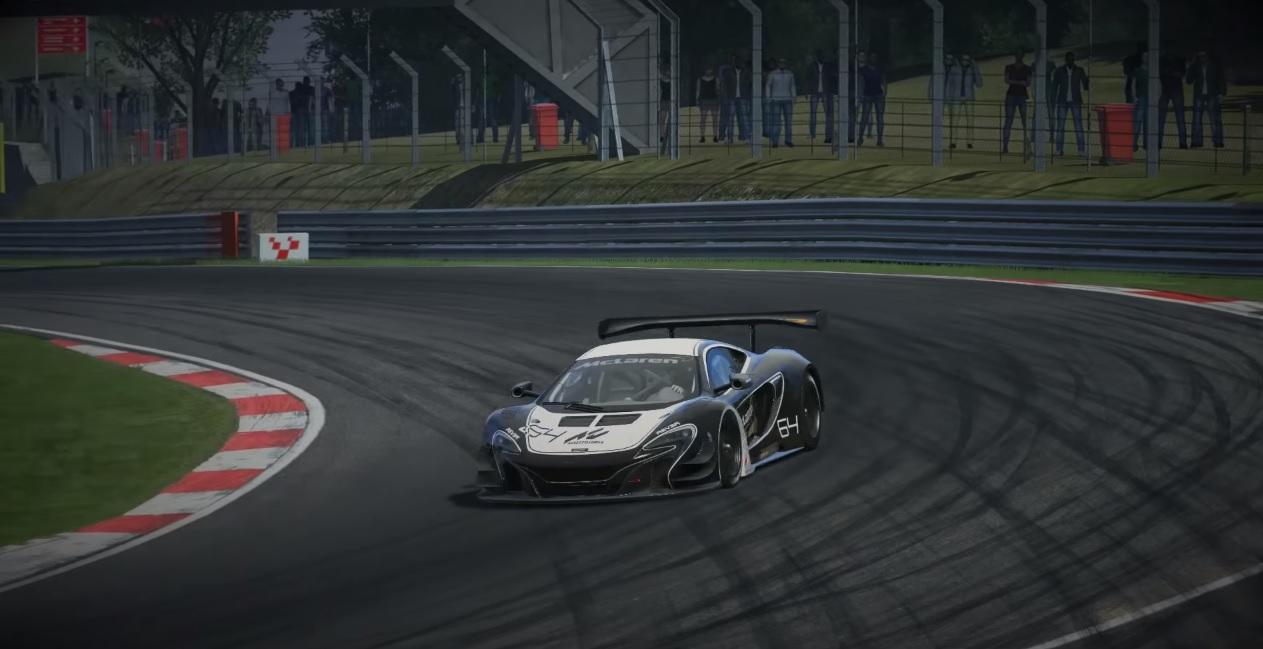 Szimulátoros mámor: McLaren 650 GT3