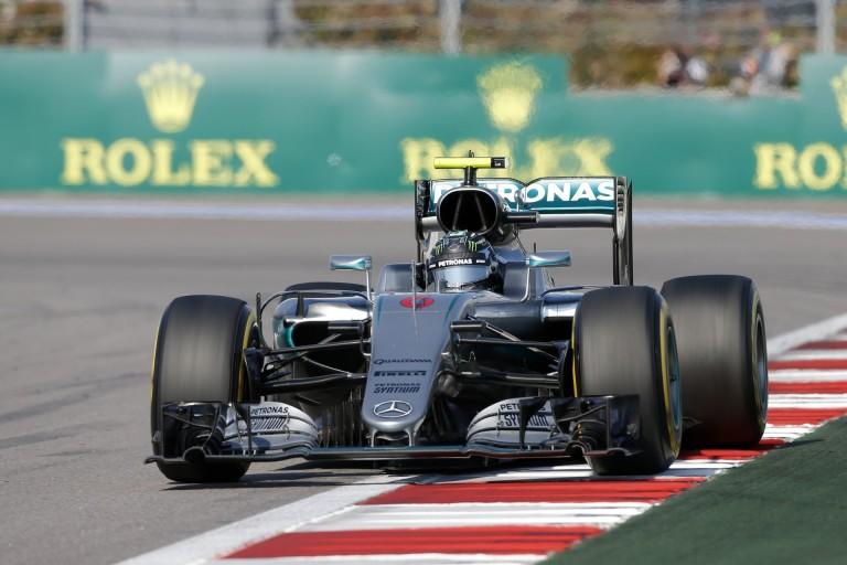 A Mercedes Barcelonában mindent a nulláról kezd - a lényeg, az MGU-H...