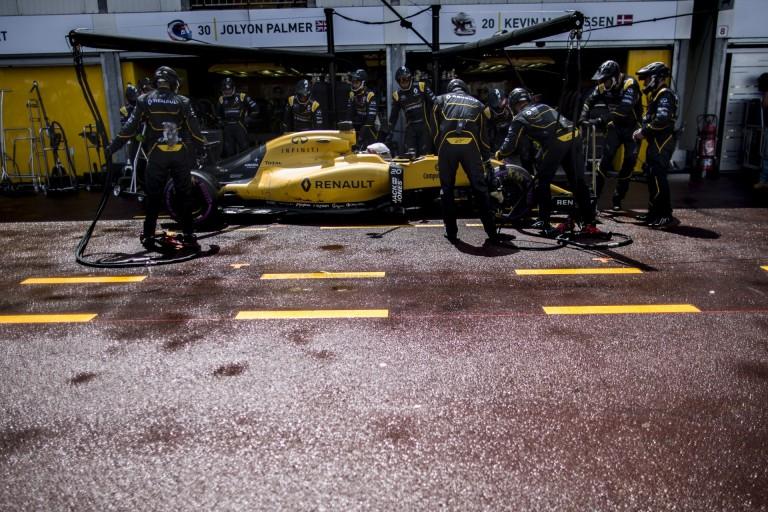 Gumitaktikák a Kanadai Nagydíjra: a Renault és a Haas egy szuper-lágy gumit sem kért
