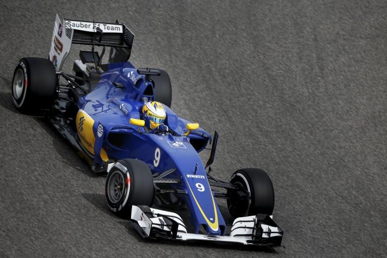 A Sauber csak a szponzorai jóindulata miatt versenyezhet Kínában!