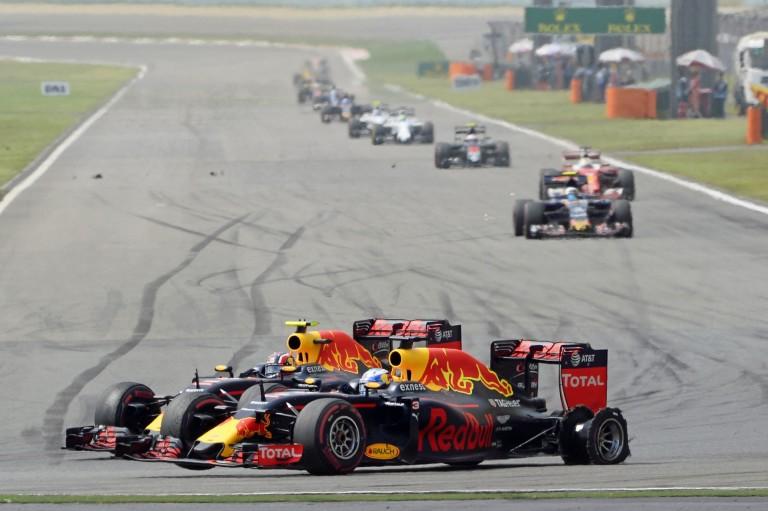 A Red Bull vérszemet kapott: a Renault kanadai frissítései a Mercedes elé repíthetik őket!