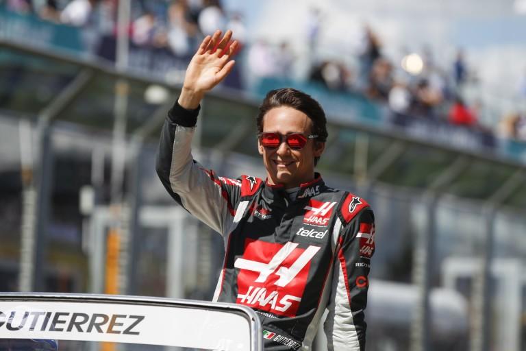 Gutierrez sem úszta meg az Alonso-balesetet: új kasznit kap Bahreinre
