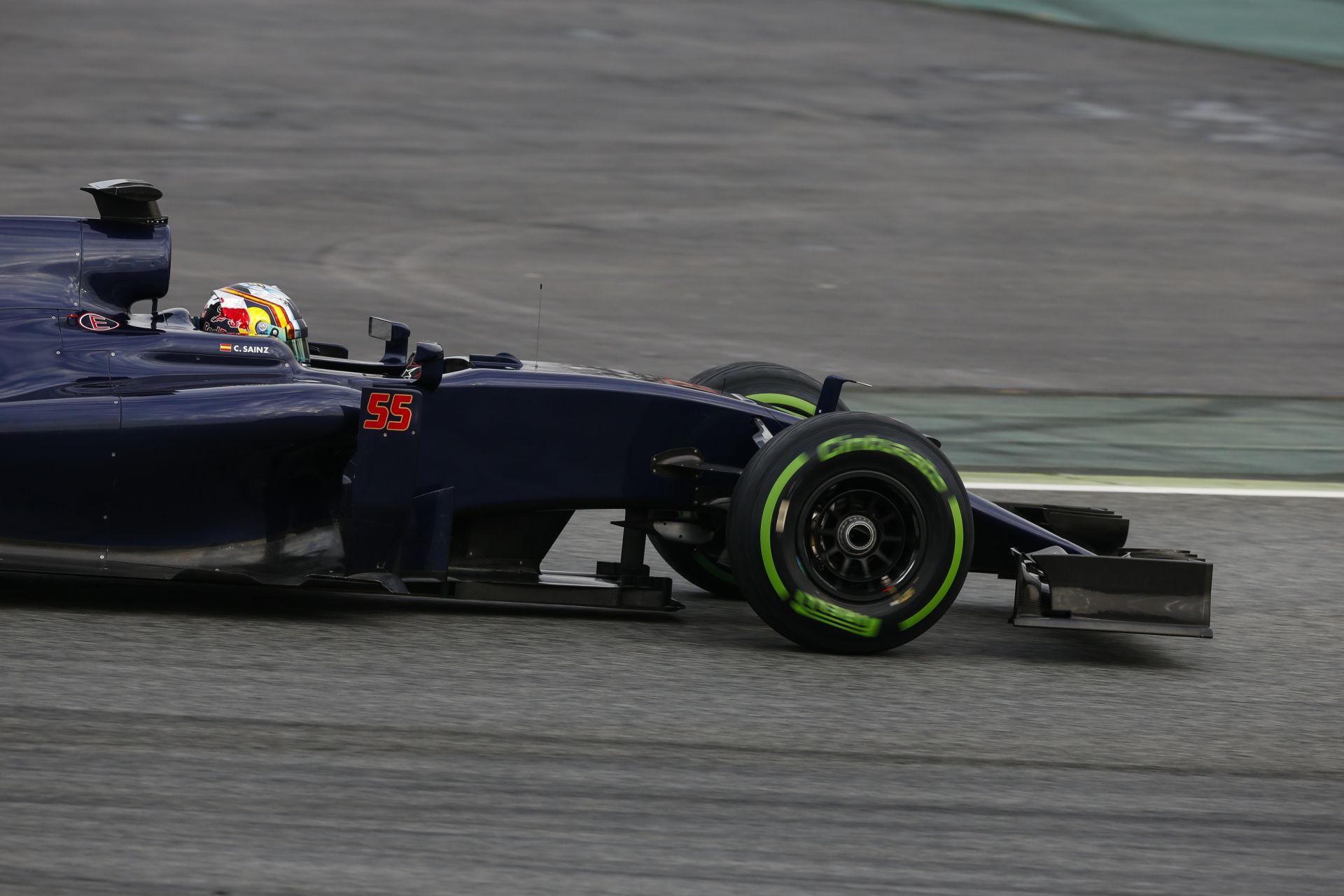 A Toro Rosso ma a váltóval szenvedett - amúgy biztató a kezdés!