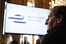 Prost: ha valamin változtatni akarunk, akkor az egész F1-en kell, csomagként