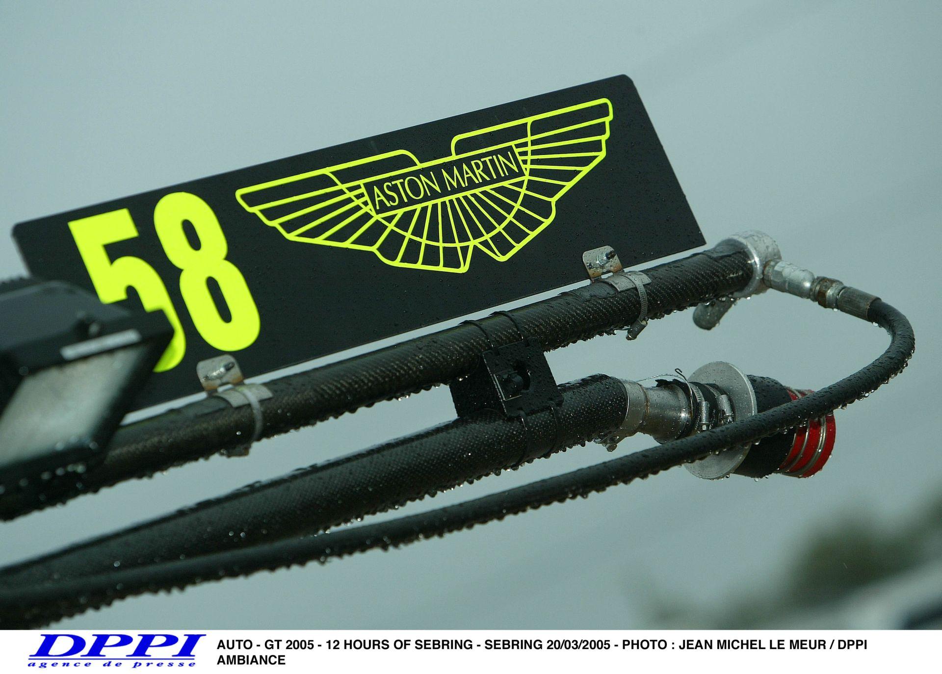 Häkkinen csak remélni tudja, hogy az Aston Martinról szóló pletykák igazak!