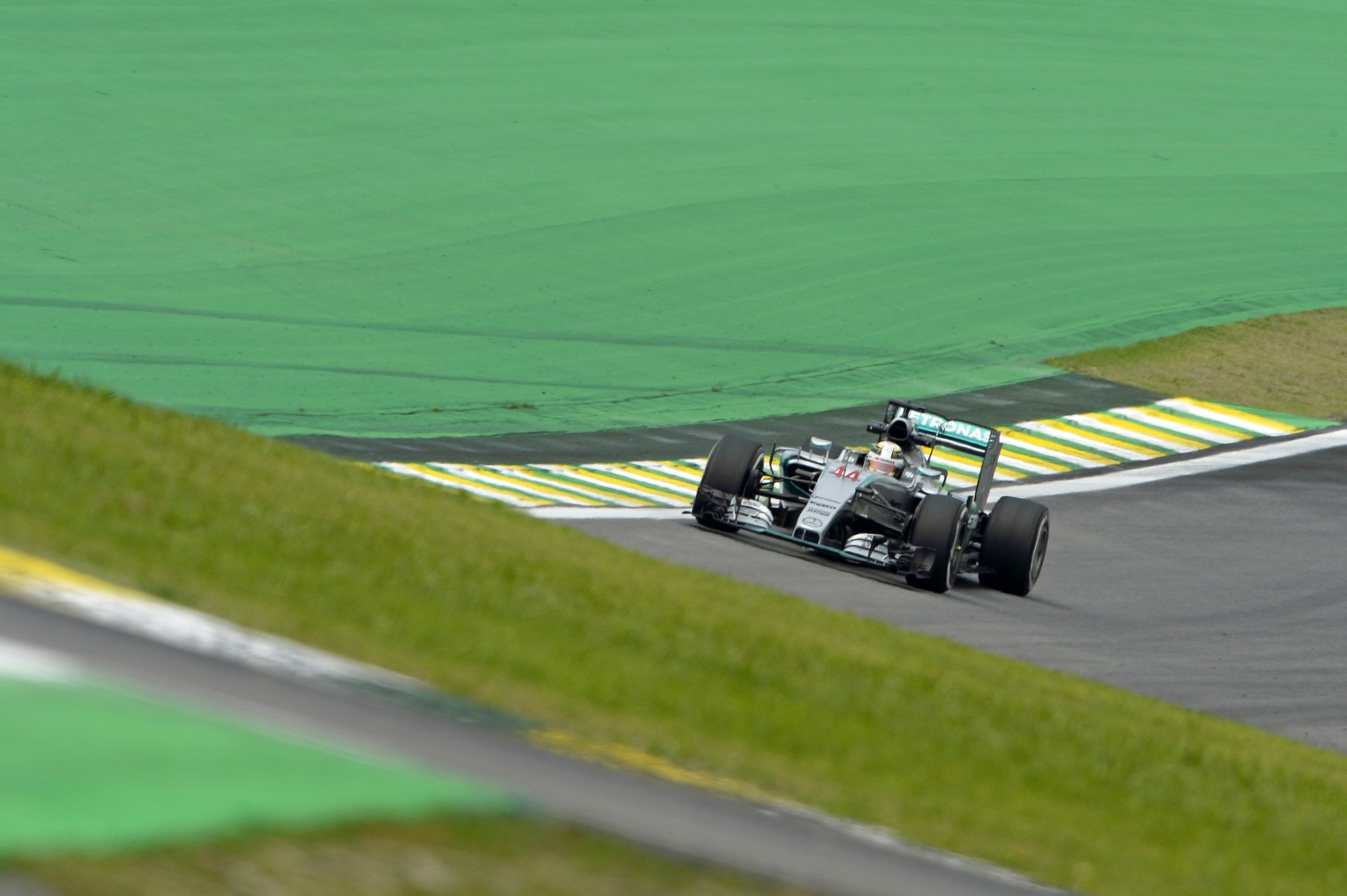 Rosberg szerint ma nem a valós képet kaptuk: sok van még Hamilton autójában