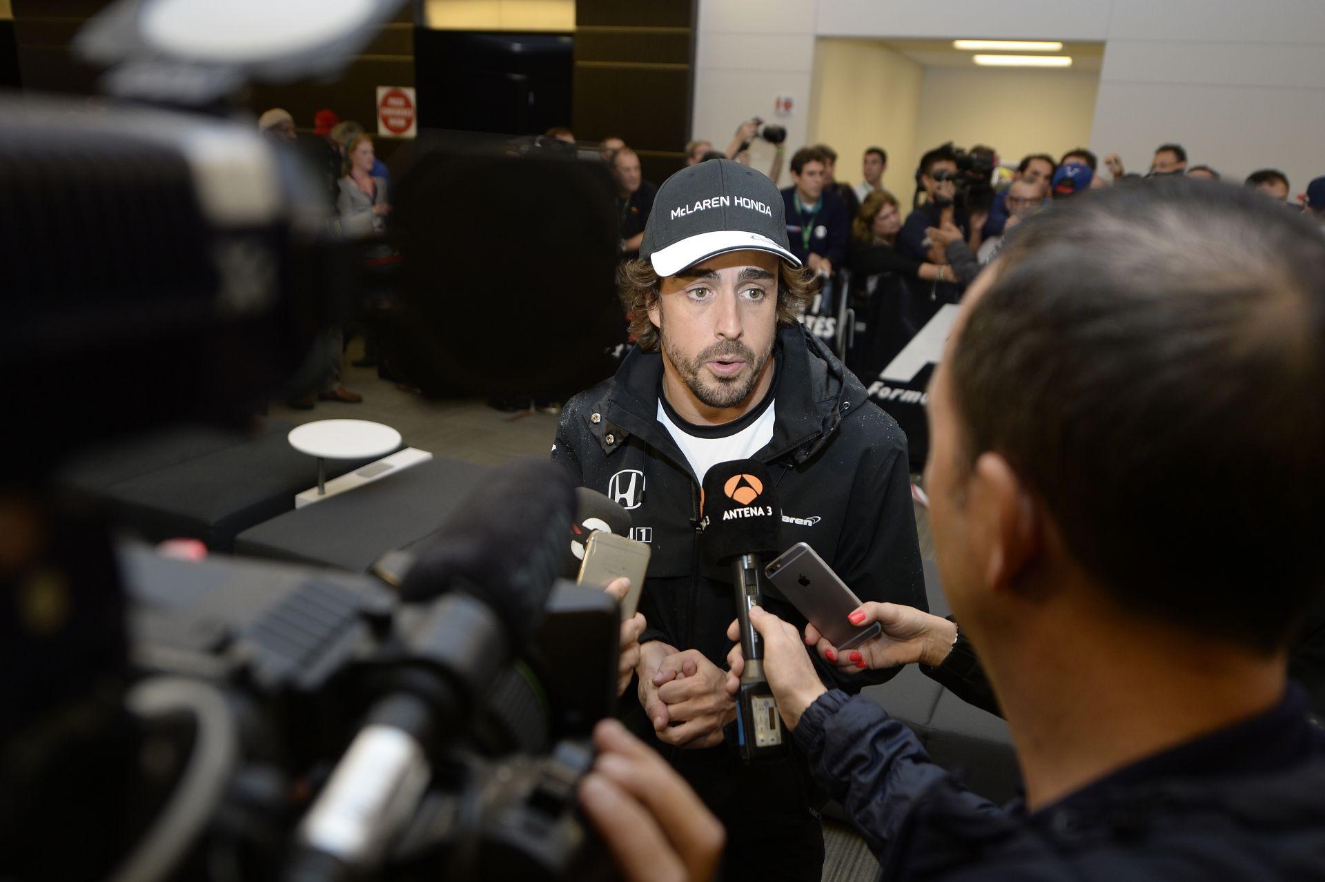 Alonso szerint pontokat szerezhet vasárnap a lassú McLaren-Hondával