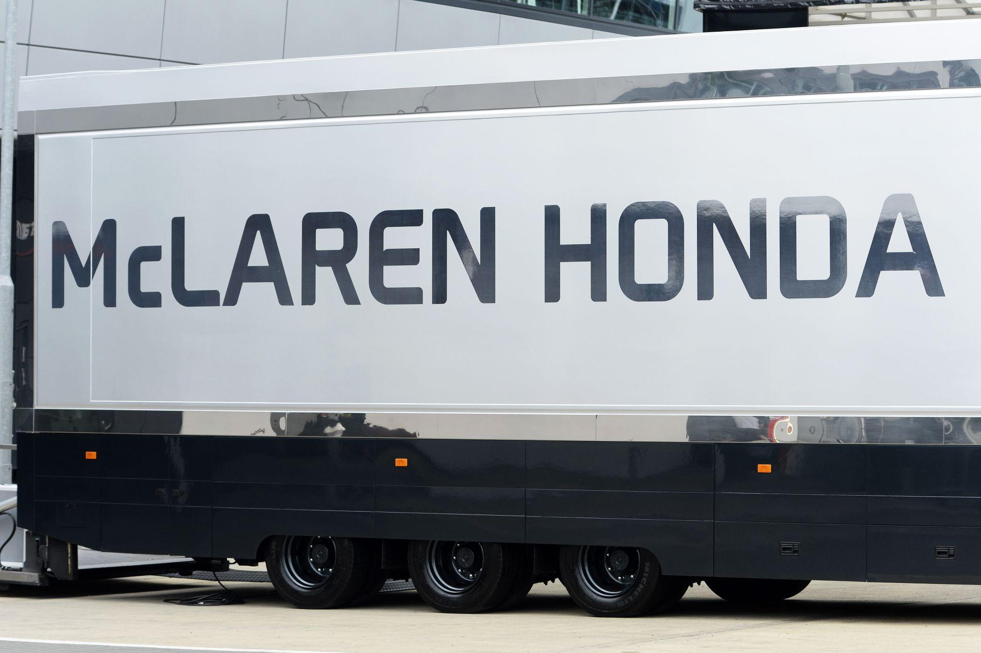McLaren: Jelenleg Alonso és Button munkájával is elégedettek vagyunk!