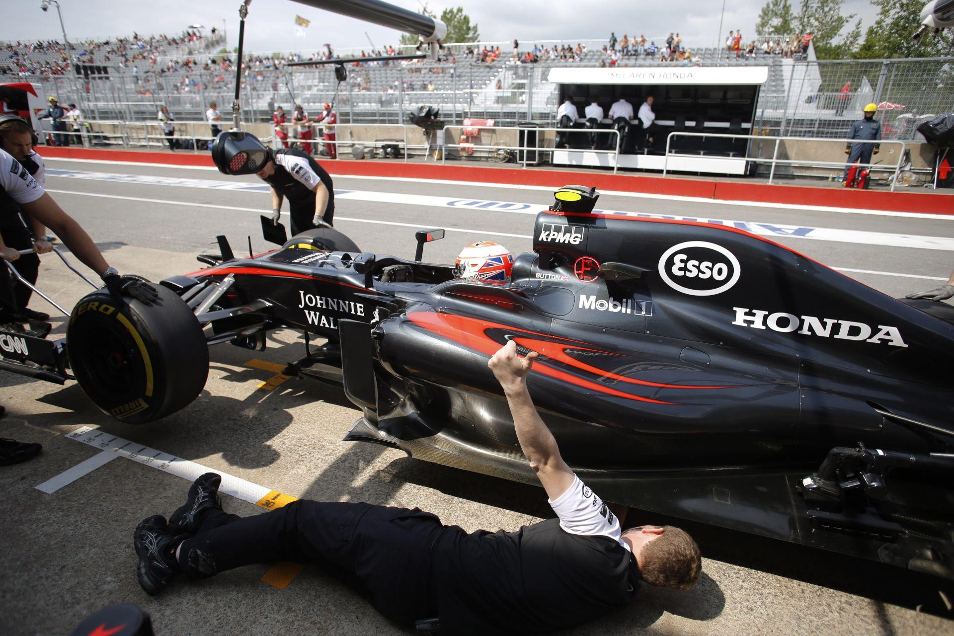 Alonso után Button is megerősítette: jó a McLaren kasztnija, de nincs benne erő a Honda miatt