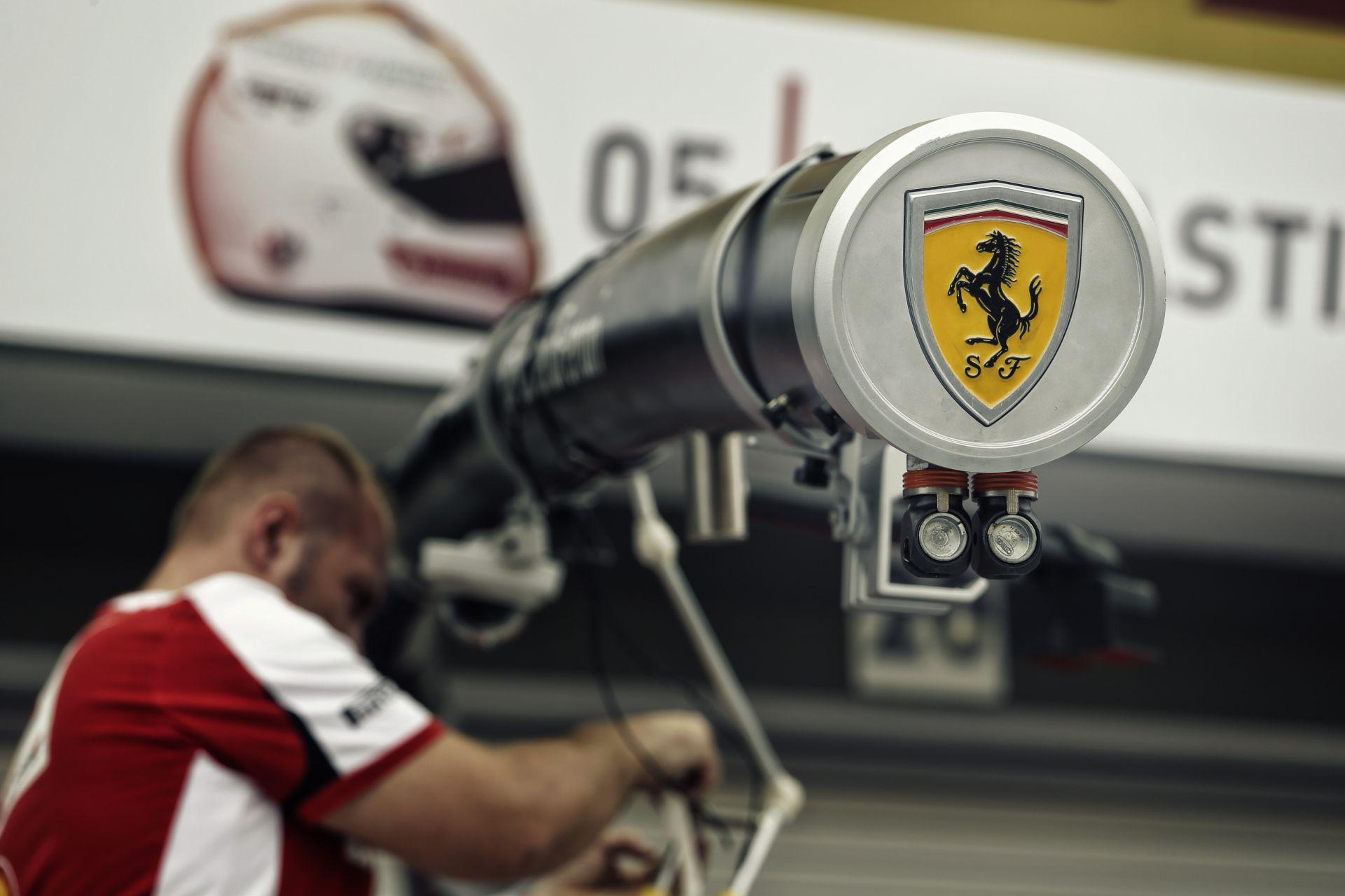 Vettel nem fogadja el, hogy Hamilton lesz a bajnok