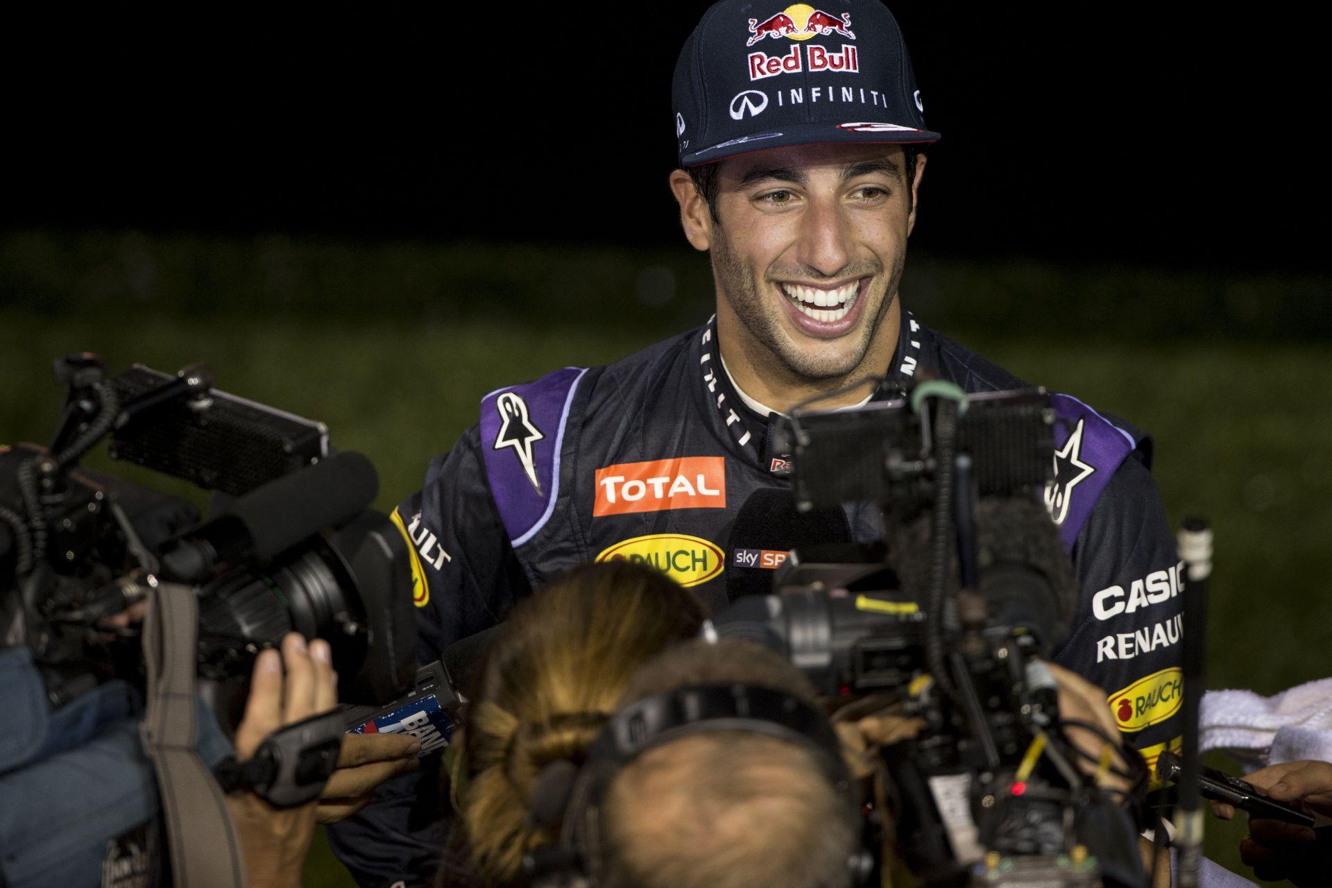 "Ricciardo: ""Semmi nem voltam lassabb Vettelnél, megfoghattam volna…"""