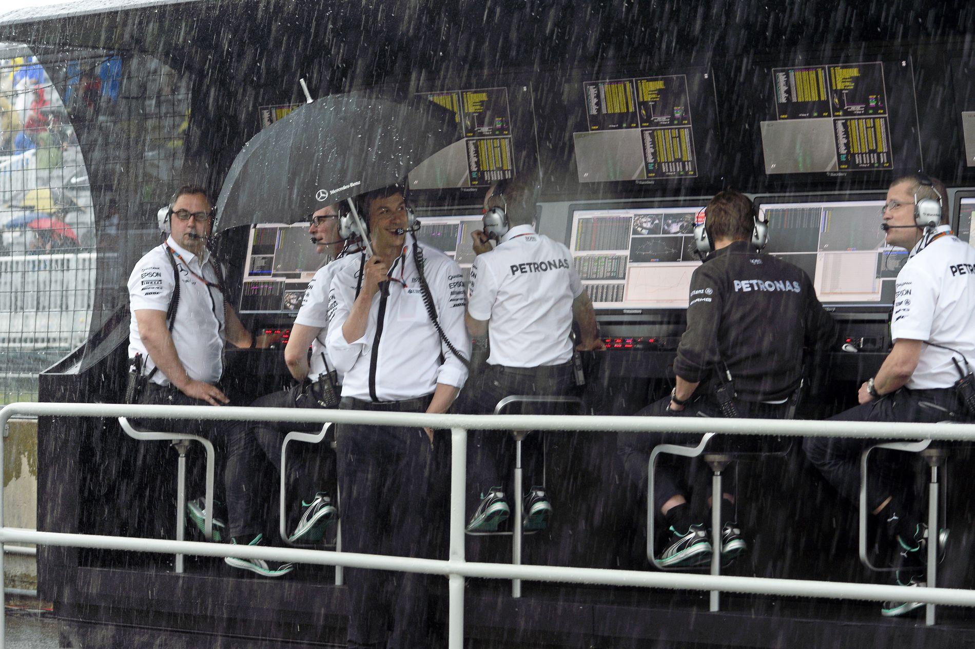 A Mercedes tisztában van a riválisok erejével: érzelmes hétvégére készülnek Japánban