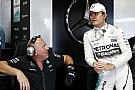 Rosberg örül, hogy legyőzte Hamiltont