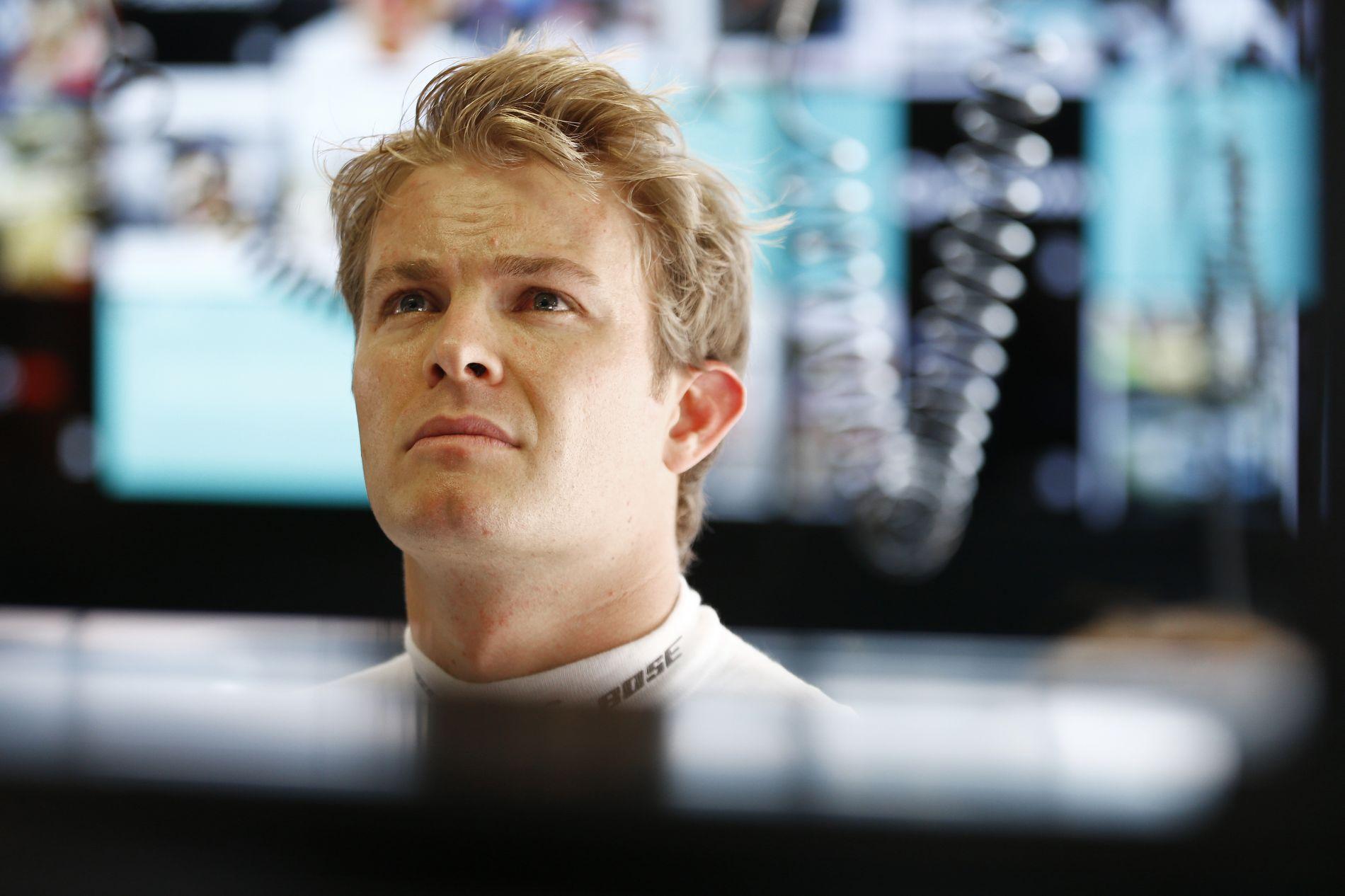 Rosberg feladta, végleg Hamilton mögé került volna a Mercedesnél?