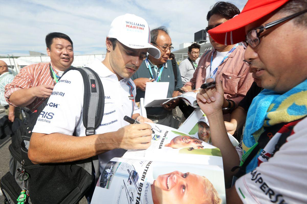 Massa boldogan áll rajthoz Brazíliában a Williamsszel: hátha ütköznek a Mercedesek...