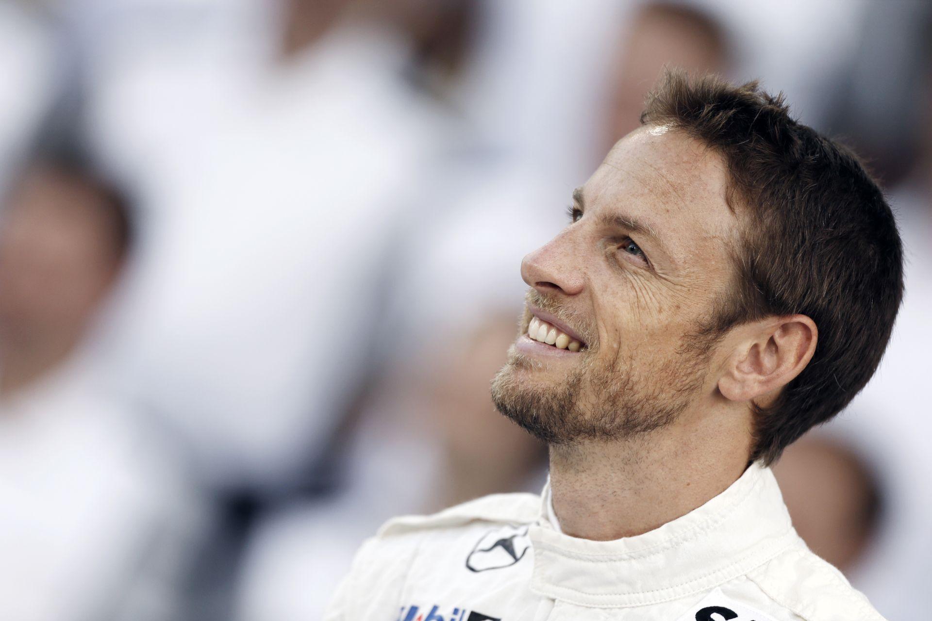 Késő este közölték Buttonnal, hogy nem ő lesz Alonso csapattársa a McLaren-Hondánál