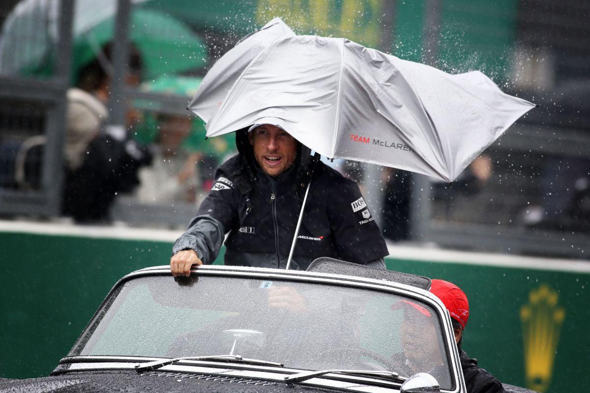 Button: az FIA remekül kezelte a helyzetet, végig hallgattak ránk