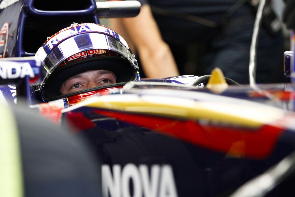 10 perc alatt dőlt el, hogy Kvyat veszi át Vettel helyét a Red Bullnál