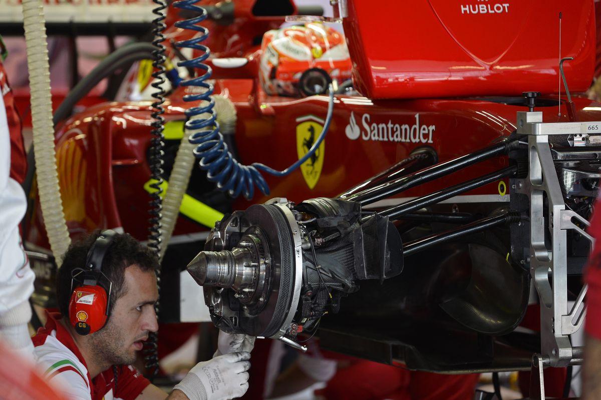 Raikkonen: nem azok tervezik a Ferrarit, akik a lassú autóról pletykálnak