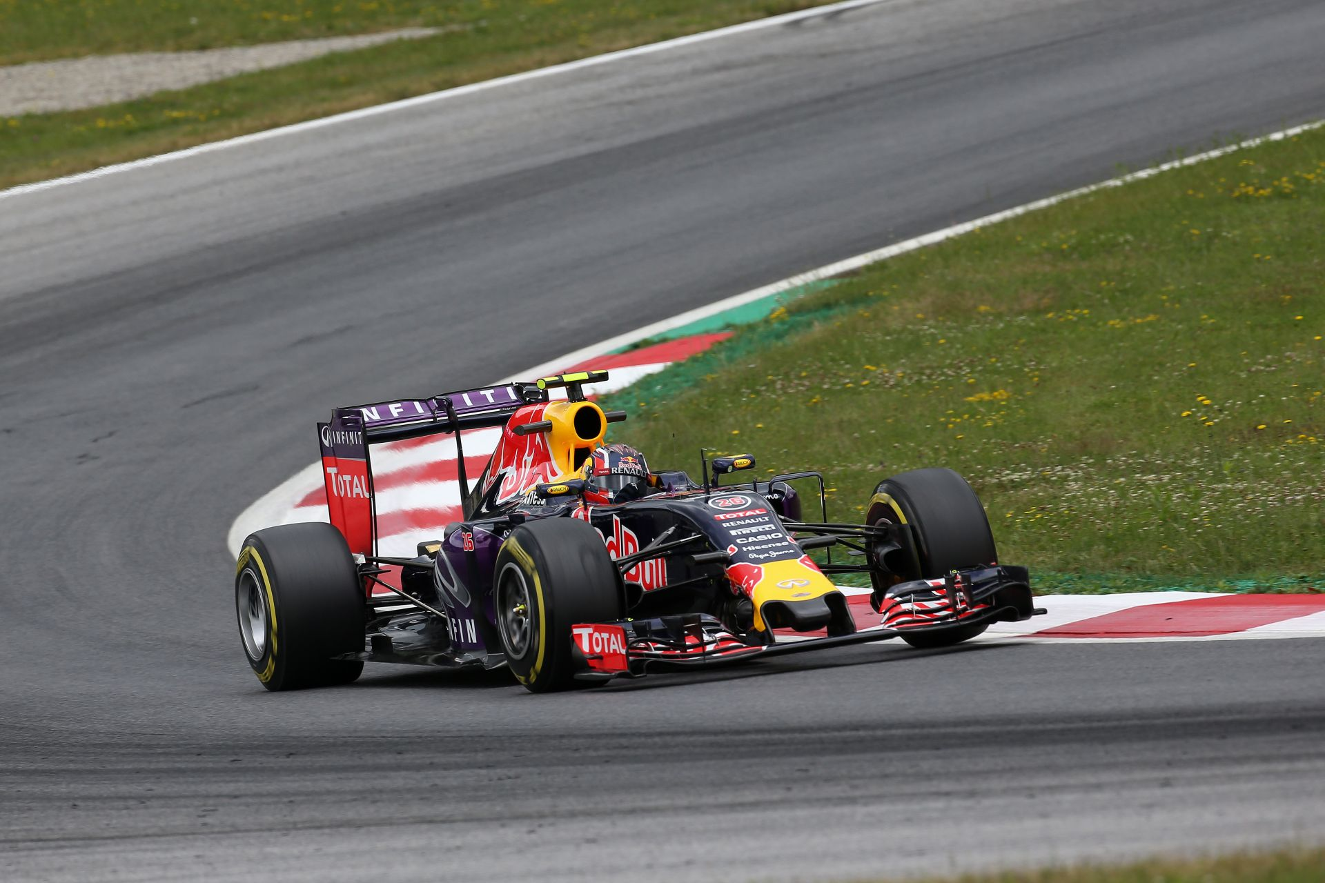 Red Bull: Könnyek a hazai ünneplés helyett - az eső az egyetlen reménysugár