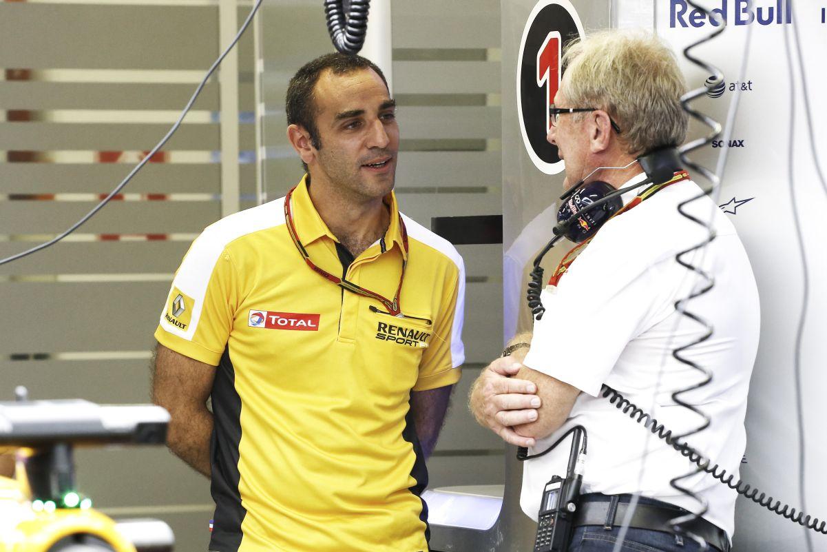 Benne van, hogy jövőre csak két ügyfele lesz a Renault-nak - egyszer a Mercedes is kifullad