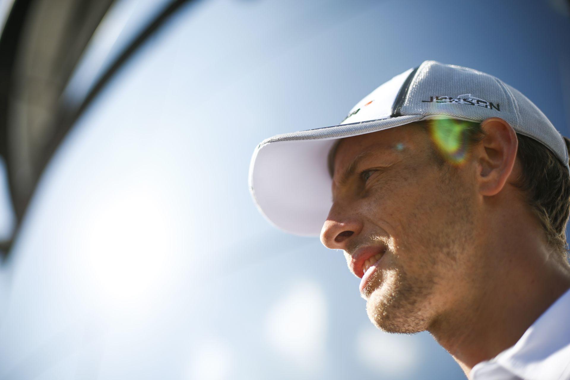 McLaren: Button és Magnussen ki van éhezve a Forma-1-re