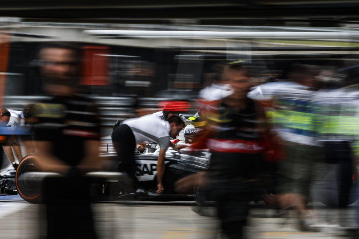 Hiába lehetne tesztelni a pályán, a McLaren és a Honda még nem áll készen rá