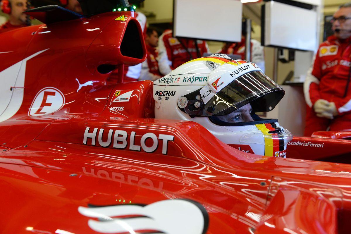Vettel ügyvédek nélkül tárgyal és elsősorban a barátnőjével beszéli meg a választásait