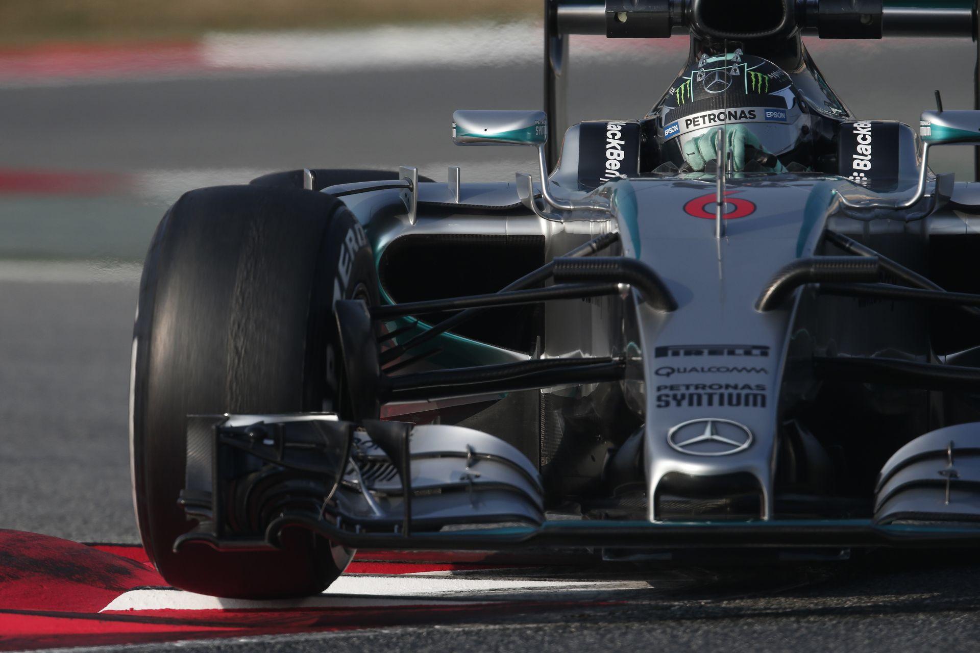 Rosberg nyitott az élen a Mercedesszel Ausztráliában! Sima Mercedes-dominancia! KO Manor, KO Sauber