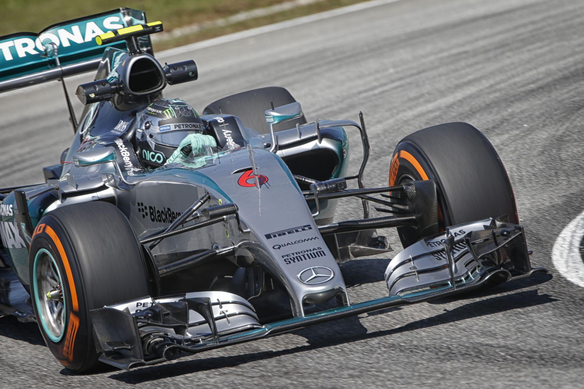 Rosberg nyerte a harmadik edzést Malajziában Hamilton, Raikkönen és Vettel előtt! Nagyon gyenge McLaren