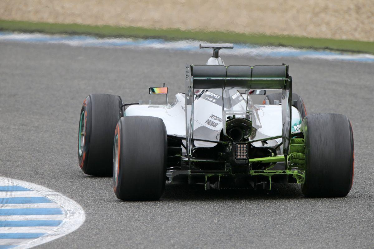 Lehet, csak Jerez csap be minket, tekerjük 1630 lóerősre a turbókat!